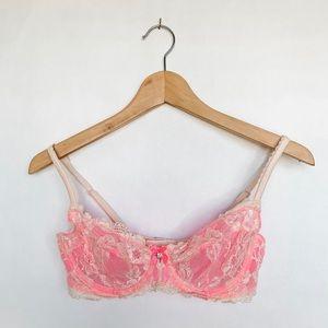 VICTORIAS SECRET non padded pink lace bra